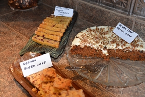 And those with gluten sensitivities and allergies could choose between carrot cake or orange and cranberry loaf.