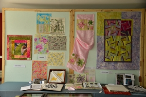 This double display wall features Leann's Fibonacci sequence double sided quilt, Pat's drawings and patterns based on her study based on Lilies as well as Susan's Fibonacci based scarf and Dorothy's Fibonacci sequence based quilt.
