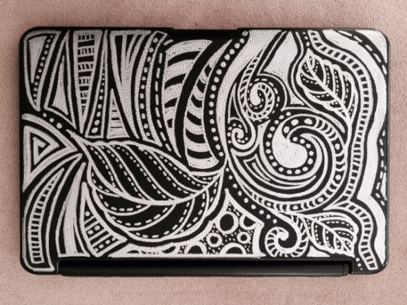 Step 5: I decided to change design and direction slightly - but could not give up the curves and design challenges they presented. Voila - my brand new - reworked iPad cover that makes me smile when I pick it up and handle it! All this in less than an hour!