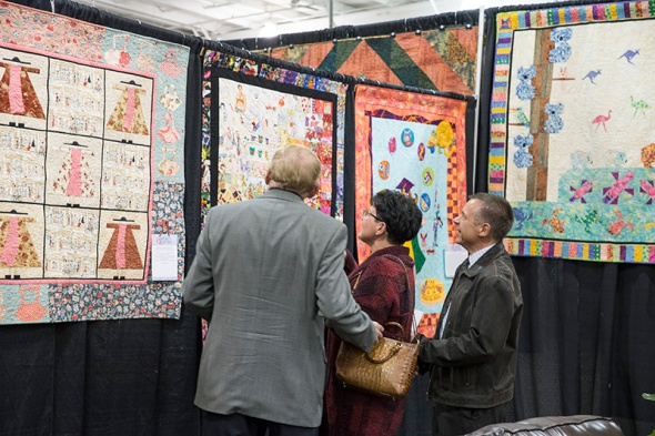 """""""Now, where are you Ernie?"""" The perpetual question around Gillian's I spy girlfriend quilt..."""