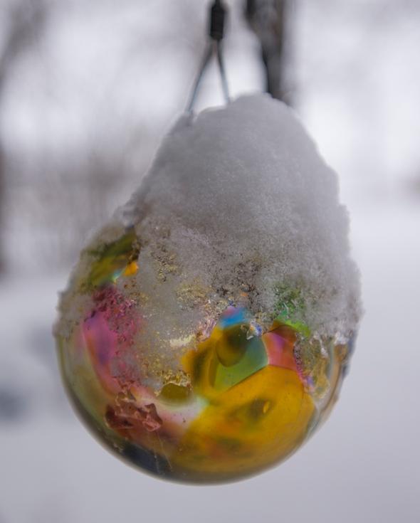 colour in snow